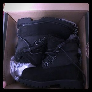 Size 5 toddler black Timberlands